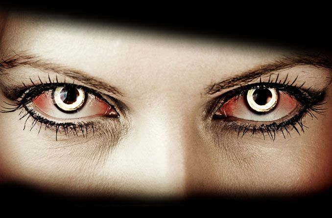 Why Halloween Contact Lenses are so Special for Halloween