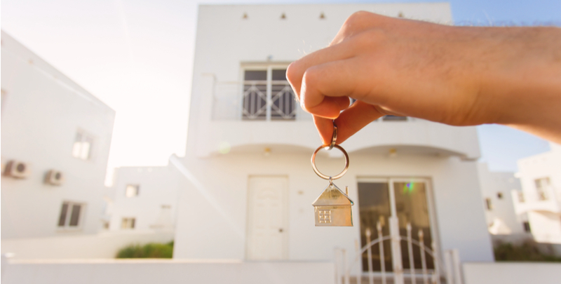 buying house in Dubai