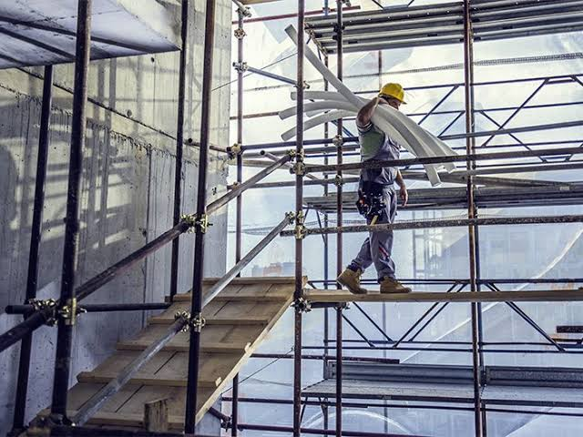 What to do when had accident in private Commercial Building