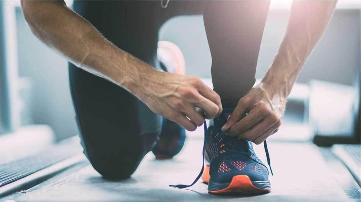 man-tying-shoelaces-1296x728
