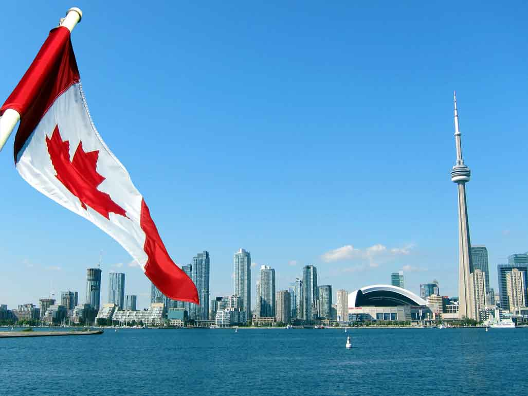 Professional Tips to Live a Successful Life in Canada