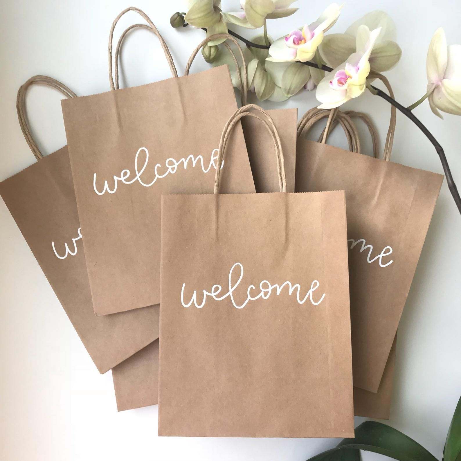 How to use Wedding Favor Bags to inspire Invited Guests