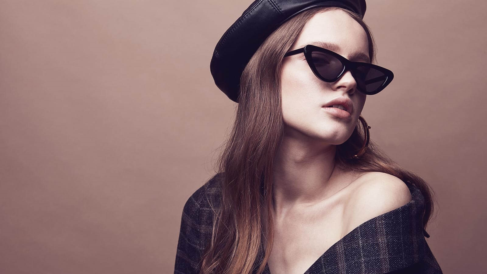 What makes Cat-eye Sunglasses an Ultimate Revenge Accessory?