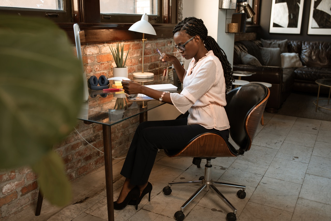 8 Ways to Protect Yourself When Selling a Small Business