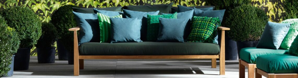 Get Stunning and Luxury Outdoor Upholstery for Your Home