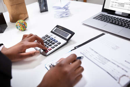 What Does A Tax Accountants Do?