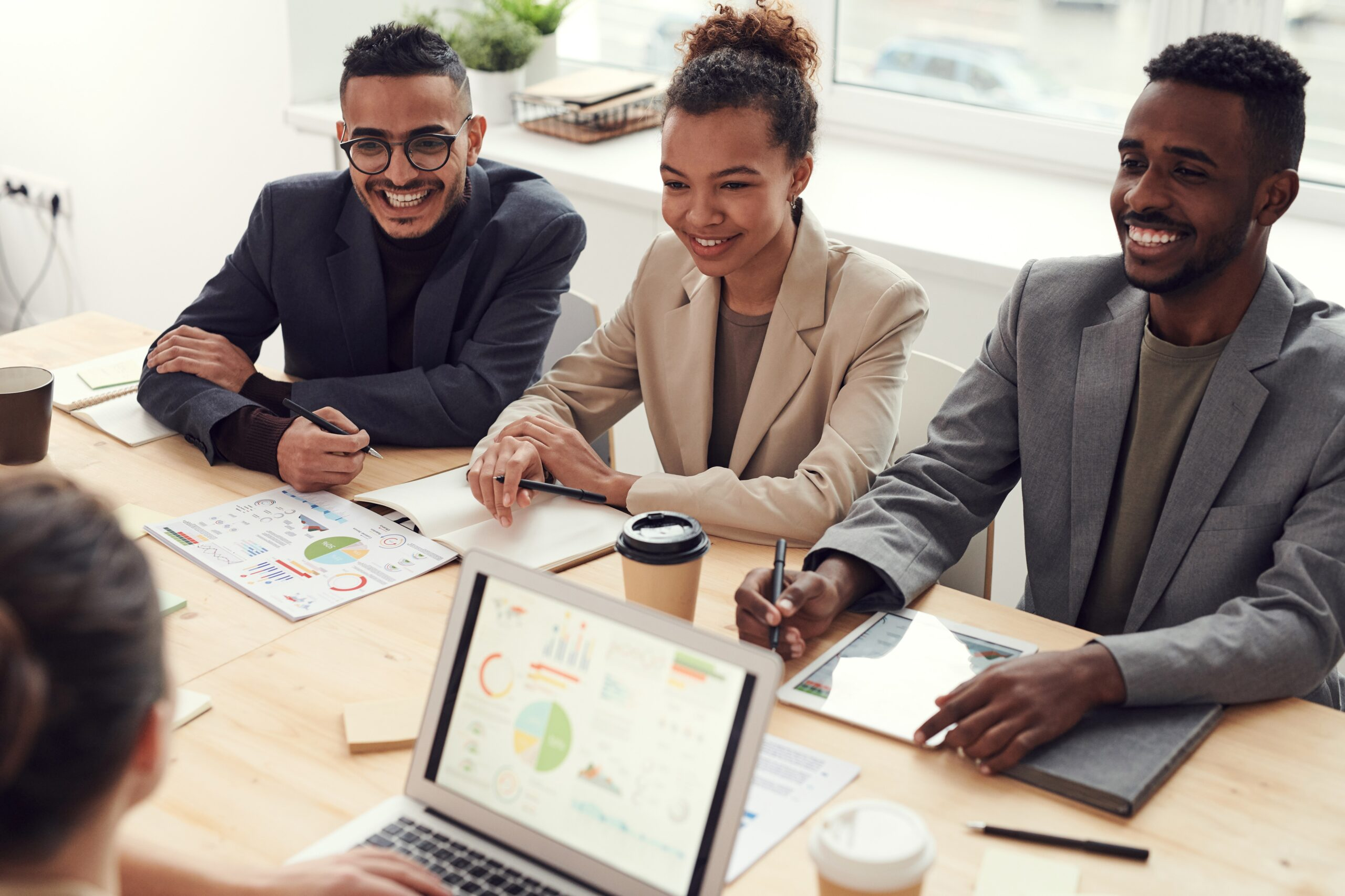 How to Recognize the Achievements of Your Employees