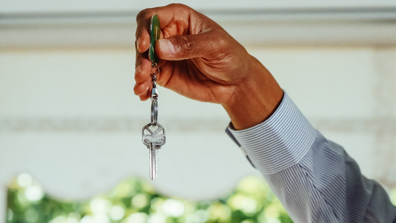 4 Things you absolutely need to know About Buying a Home